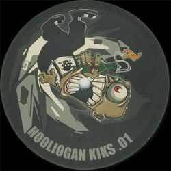 Hooligan Kiks 01
