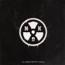 Nuklear Dust 01