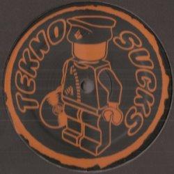 Tekno Sucks 051